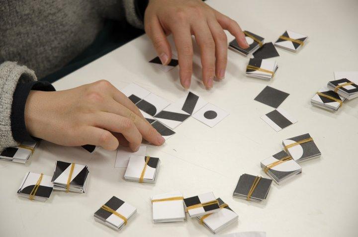 視覚伝達デザイン演習(2年生:ピクトグラム)